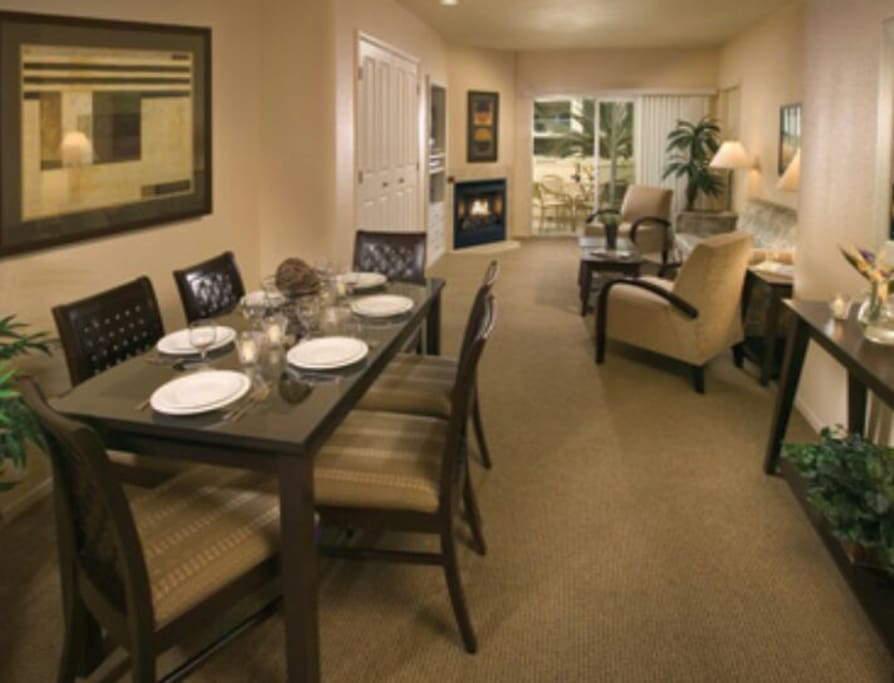 2 Bdrm Condo Sleeps 6 On The Strip Apartments For Rent