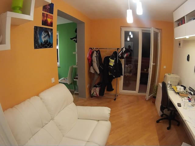 Modern & cozy. Bikers welcome. - Kranj - Apartament