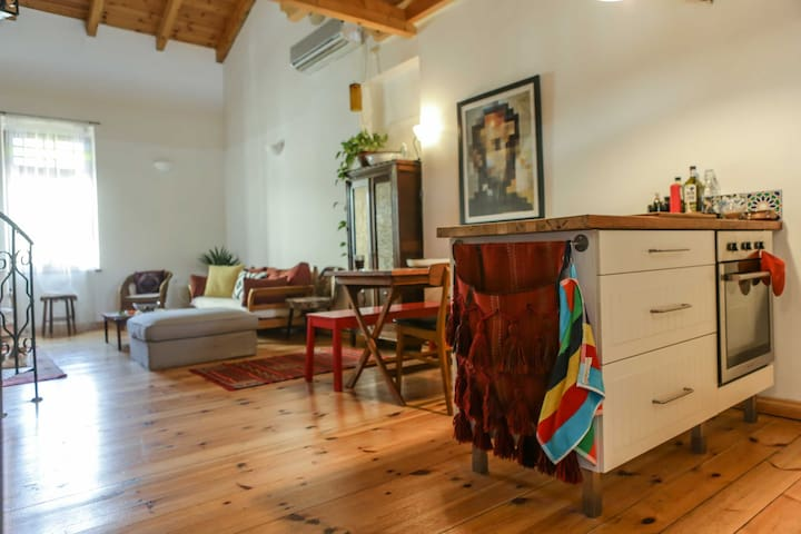 Amazing Bohemian Loft. Next to the beach. - Tel Aviv-Yafo - Loft