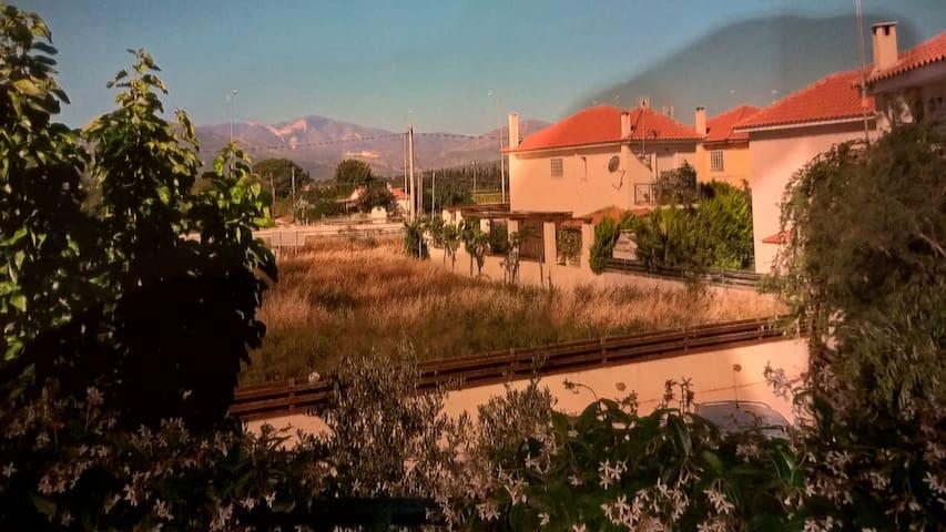 Einfamilienhaus in Shinias/Marathon - Schinias - House