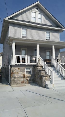 Pope visit/ Irish Fest 1br/1ba apt - North Wildwood - Appartement