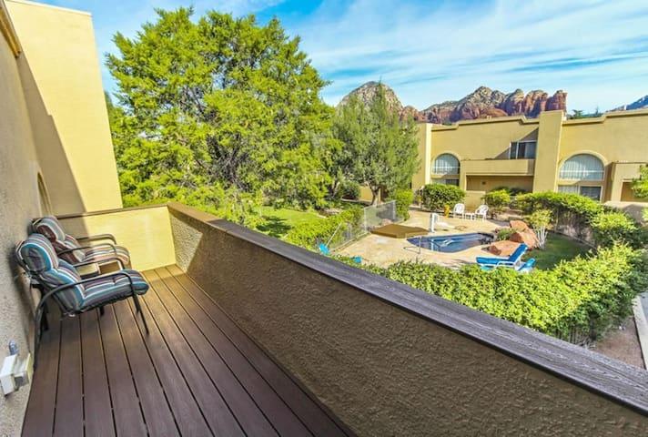 Two Bedroom Luxury Condo, Sedona Arizona (A652)
