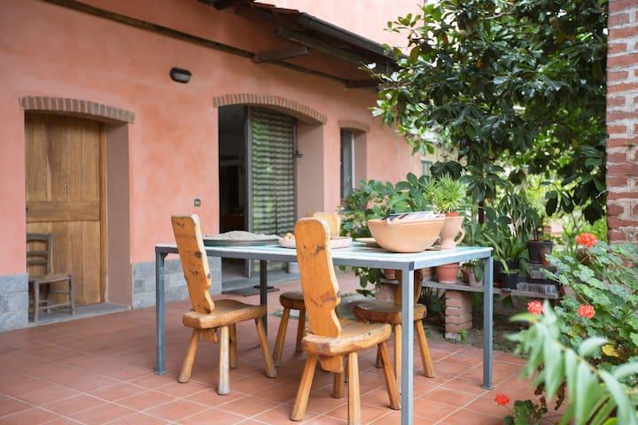 Casa della grande Magnolia - Besate - Oda + Kahvaltı