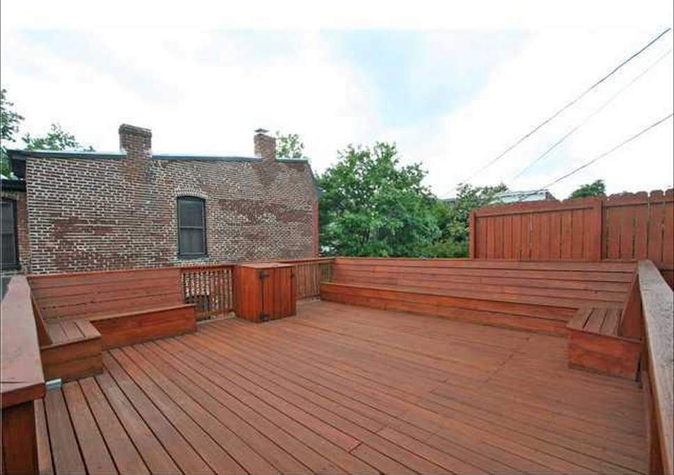 HUGE deck great for a celebratory gathering!