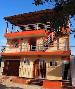 LA CASA DE BOAZ (TAGANGA) - Santa Marta taganga