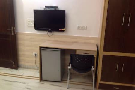 Divine House for Family Stay:Delhi - Neu-Delhi