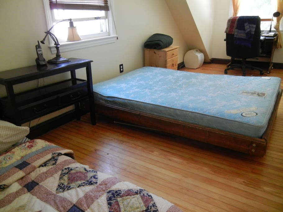 Up stairs bed room with air mattress