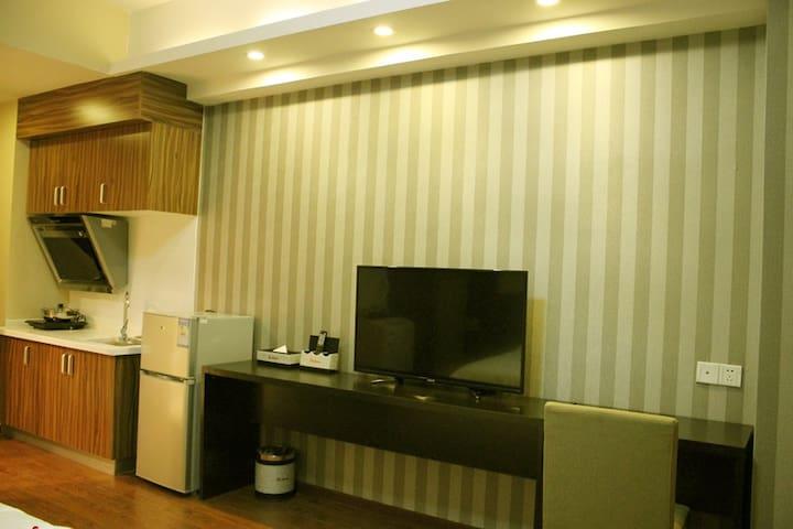 拜登盛邸服务公寓(晋江万达)豪华大床房 - Quanzhou - Apartment