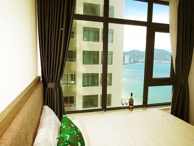SOHO APARTMENTS (04) - 2 BEDROOMS WITH SEAVIEW