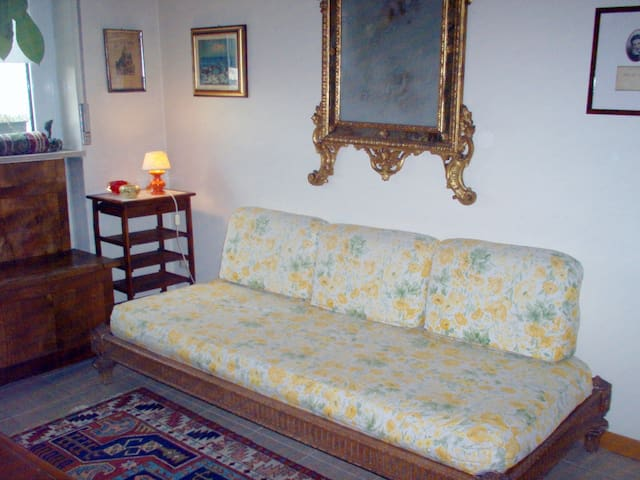 High quality-easy&cosy-1 private room-Metro1 - Mailand - Bed & Breakfast