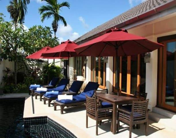 Quiet, private villa on golf course - Kathu - Villa