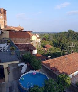 комната в деревне недалеко от Асти - Tigliole d'Asti