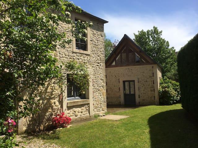 Belle maison & son annexe - Sainte-Honorine-des-Pertes - House