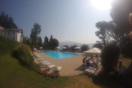 2 Bedroom Apartment - Lake Maggiore - Resiga - Lejlighed