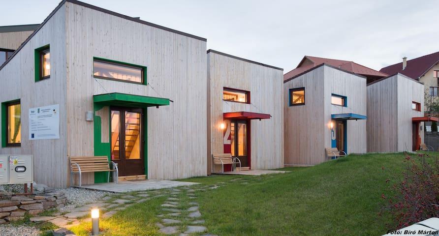 Apartmanok a kertvárosban - Odorheiu Secuiesc