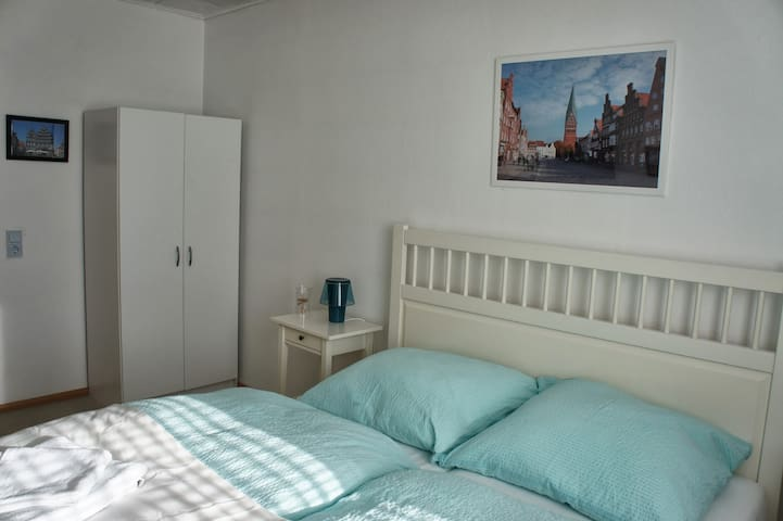 kleines Zimmer nahe Lüneburg - Reppenstedt - Dům