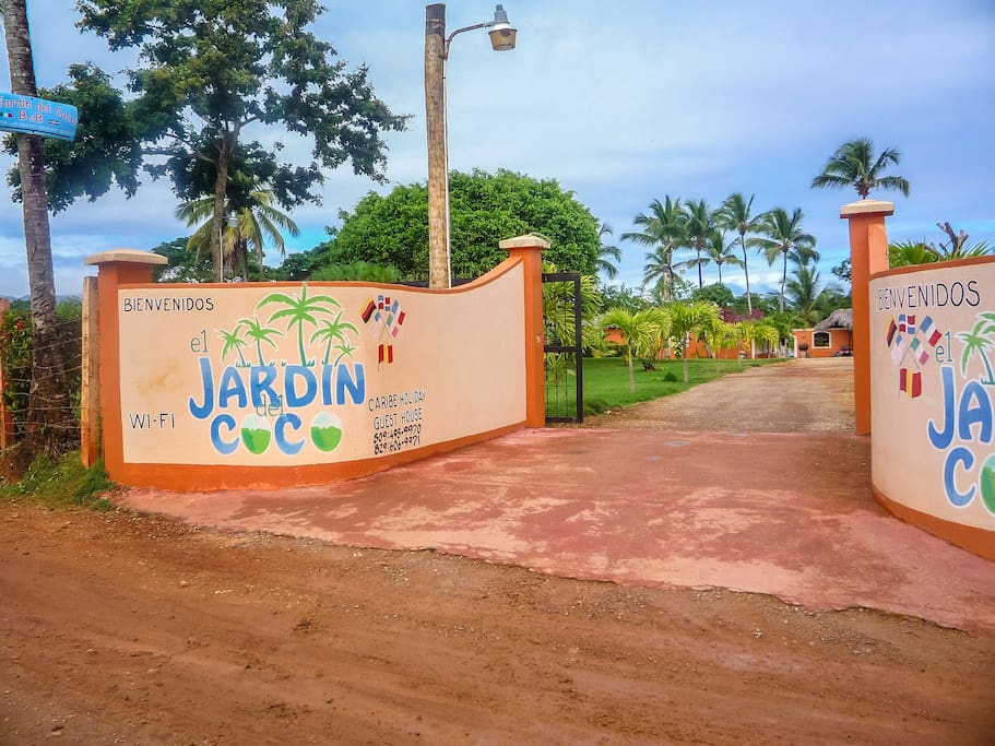 El jardin del coco bed breakfasts en alquiler en las for Al jardin de la republica