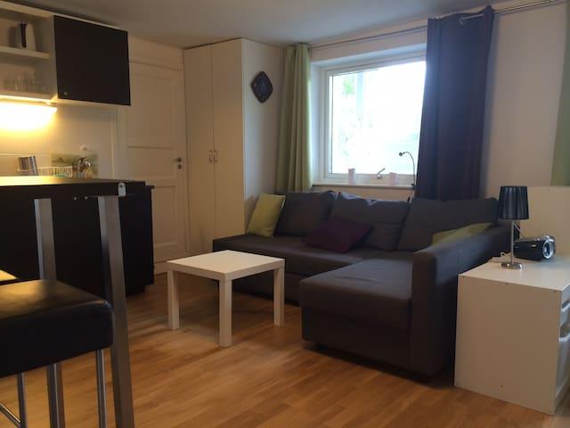 Liten lägenhet i vårt hus