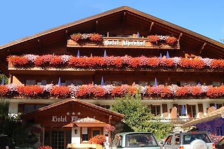 Chalet Hotel - Grindelwald