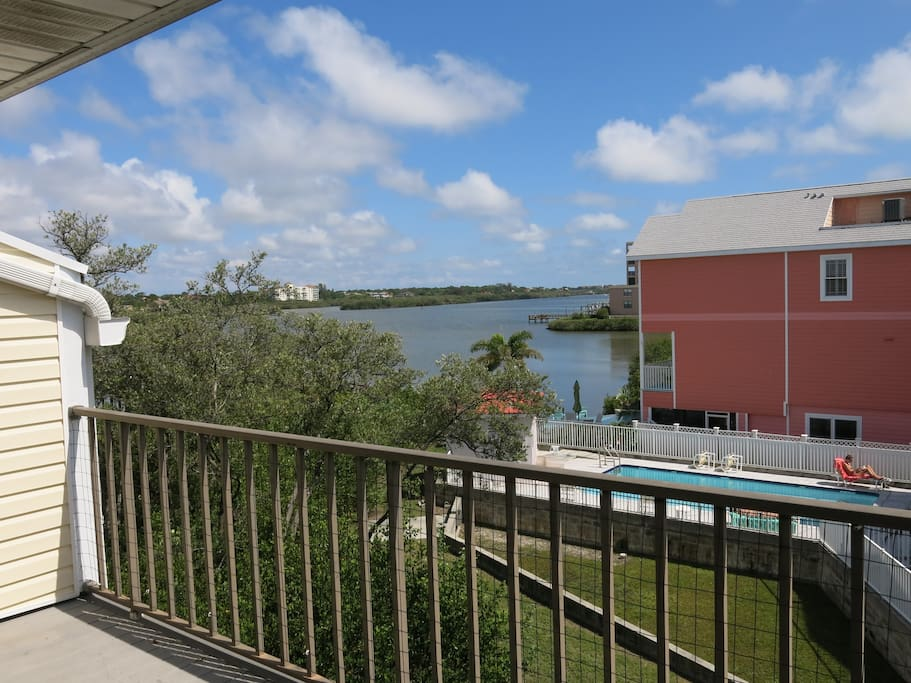 View from back balconies of the Intracoastal Waterway (ICW).