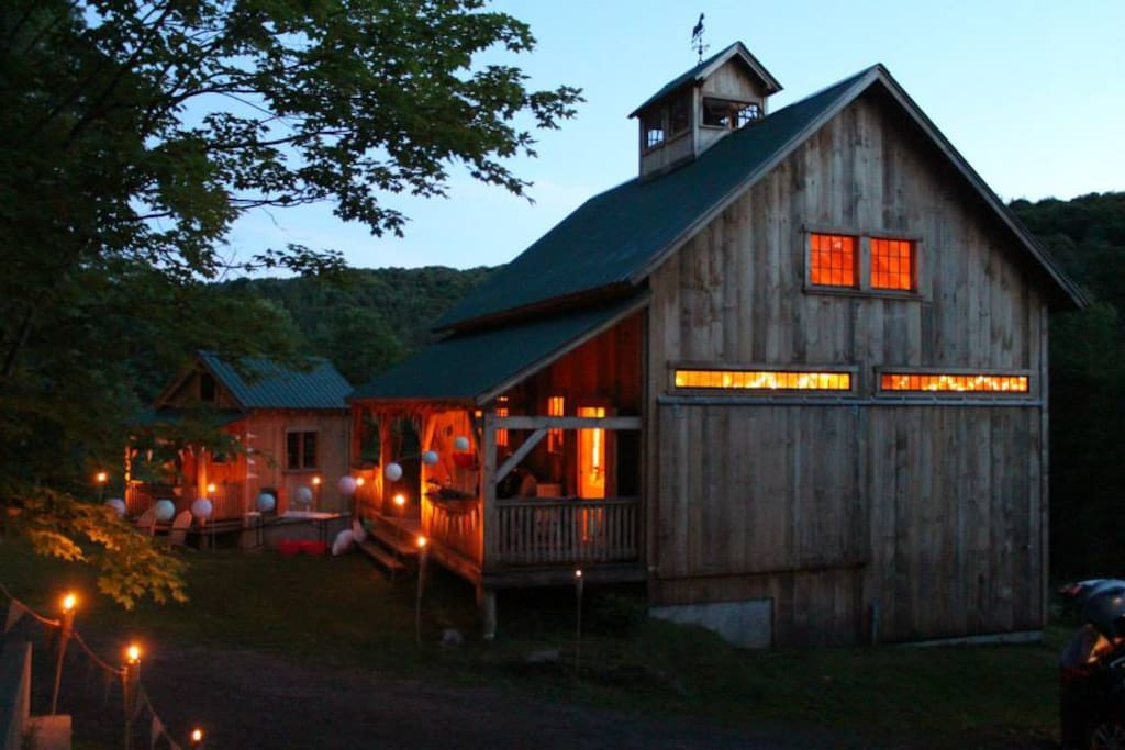 New Barn and Springhouse. barn can be rented for events and Springhouse has a loft with a bed