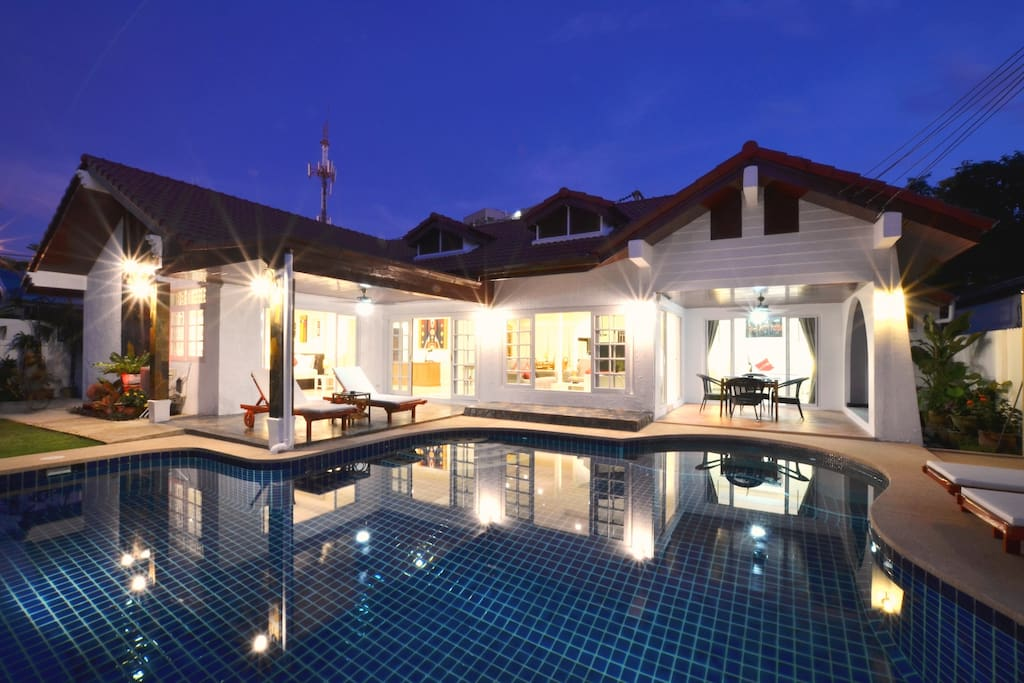 The villa in best Location in town