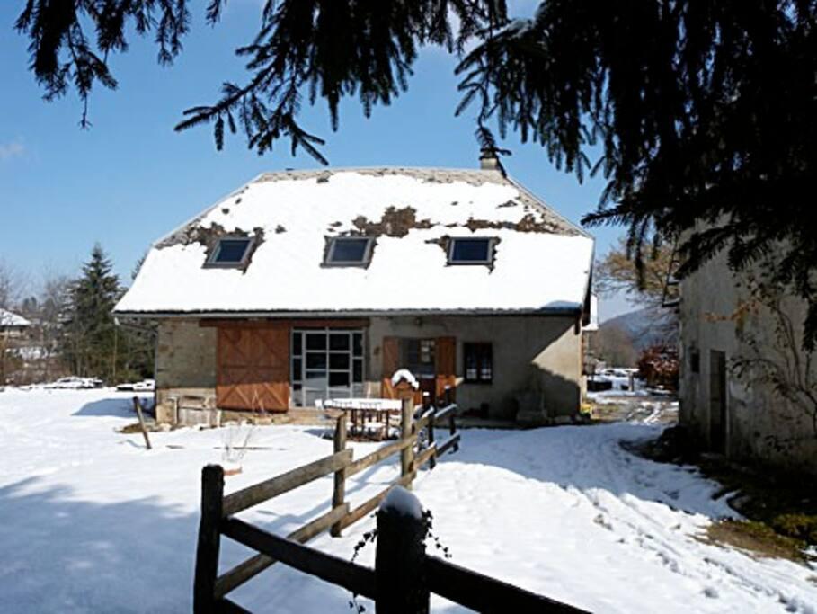 Ferme de charme zen au calme 10 mn d 39 annecy maisons for Annecy maison a louer