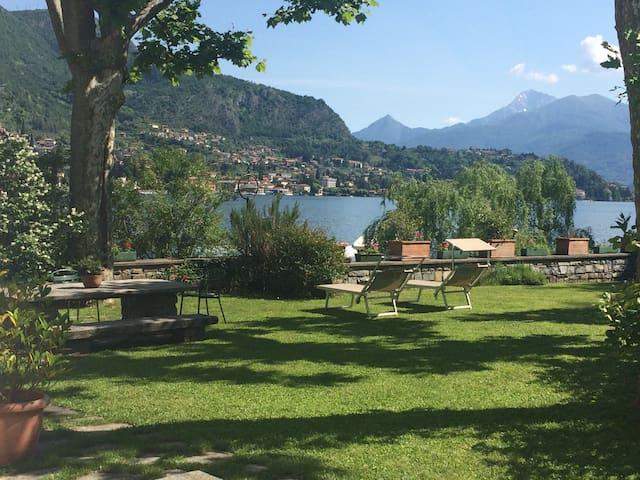 Villa sul lago di Como con darsena - Lenno - Villa