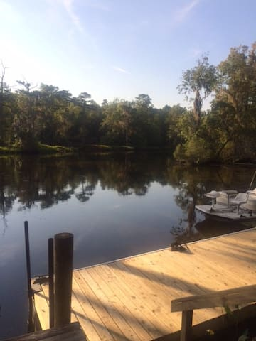 The River is beautiful! - Crawfordville - Leilighet