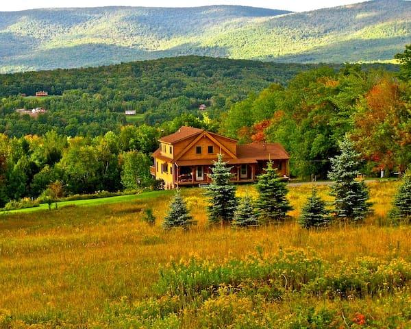 Luxury Catskills Log Cabin - Prattsville - Casa