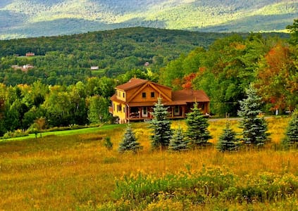 Luxury Catskills Log Cabin - Prattsville