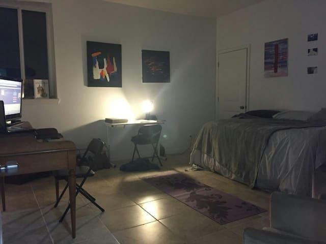 Convenient housing for Pope's visit - Philadelphia - Apartamento