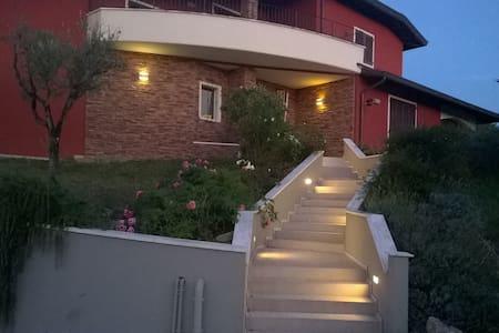 appartamento in zona residenziale - Urbania