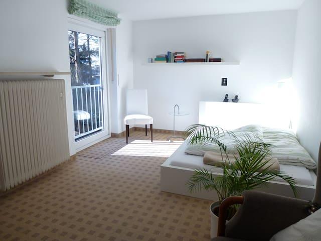 möbl. Zimmer in EFH - Munich - Hus