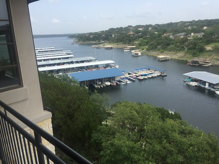 Waterfront Condo at Lakeway Resort
