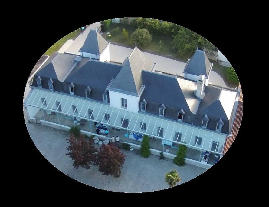 Chateau vu d'un drone