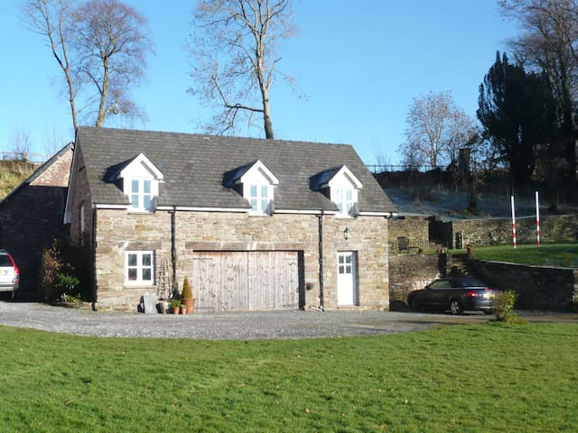 Coach House (self catering) - Brecon