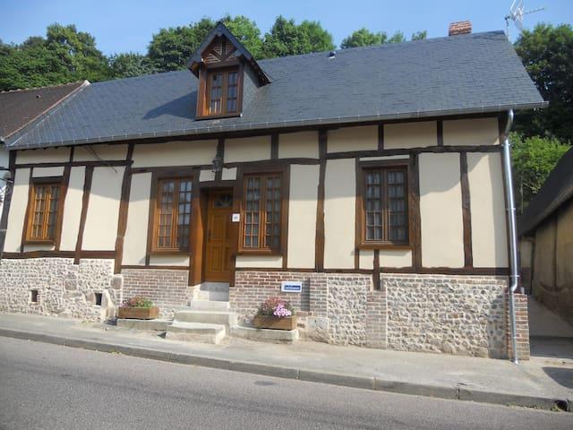 charmant gîte rénover a neuf - Lyons-la-Forêt
