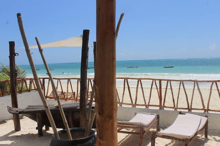 Luxury villa on the beach - Boma Vichupi
