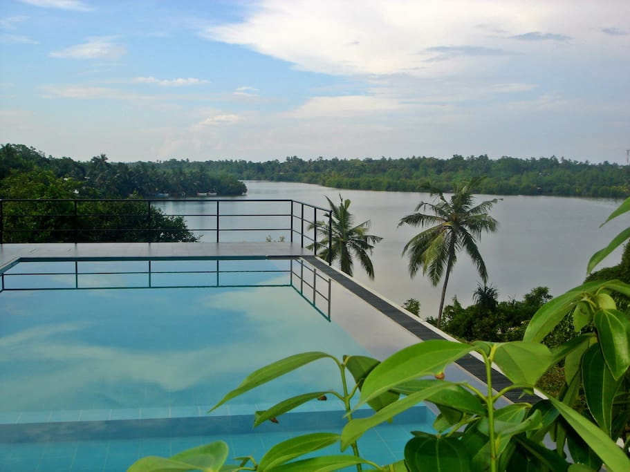 Pool with a view of the Madu River