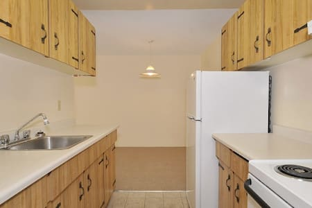 Room type: Shared room Bed type: Futon Property type: Apartment Accommodates: 1 Bedrooms: 1 Bathrooms: 1