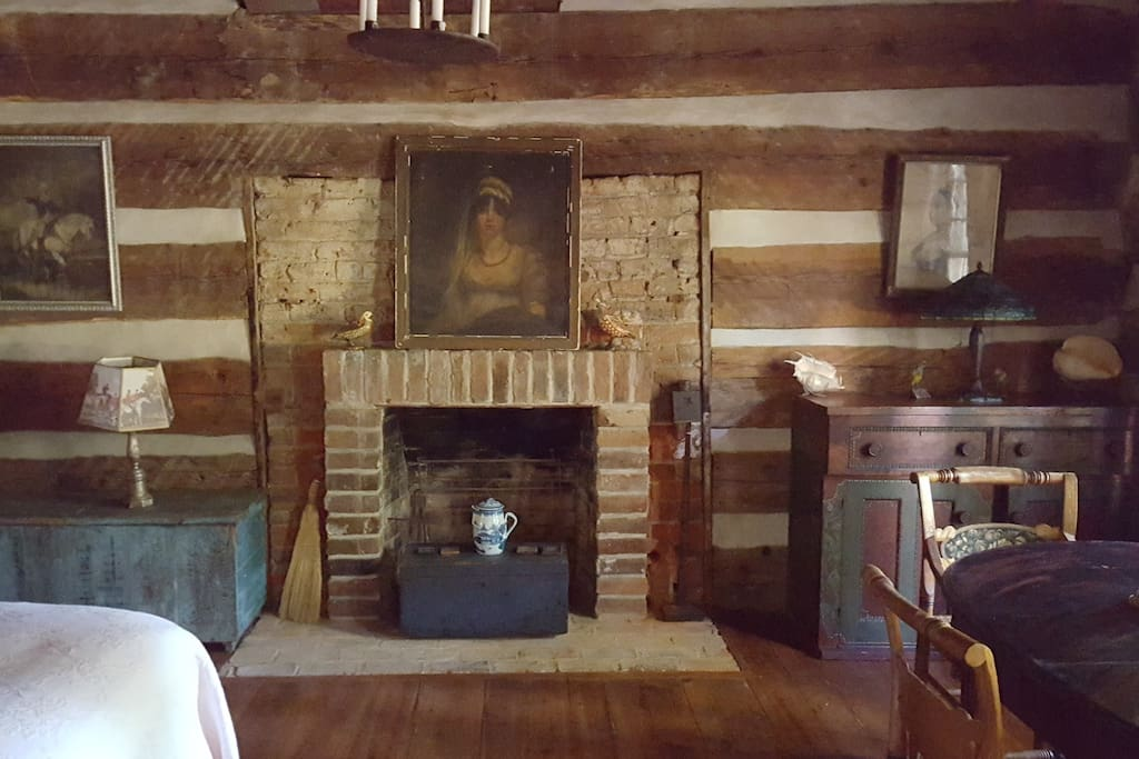 1750s chesnut log cabin room View 2