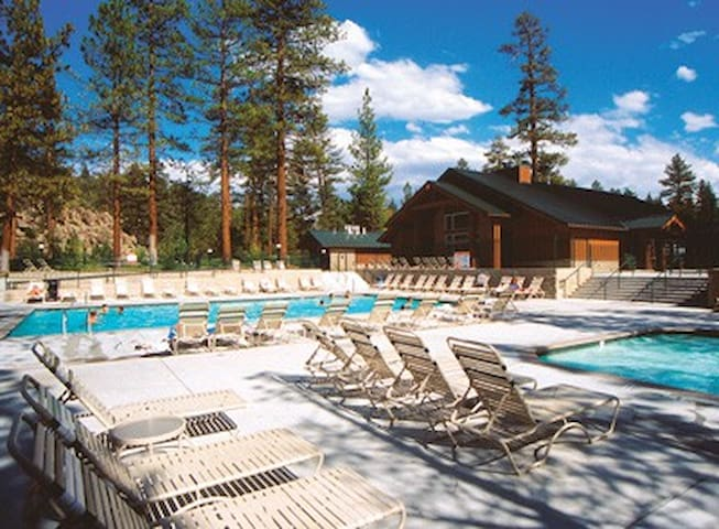 Big Bear, CA Resort 1BR, FREE WiFi! - Big Bear Lake - Villa