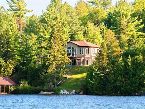 Waterfront Cottage Oasis (Monthly Rental)