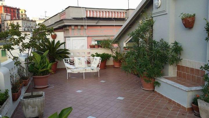 Monolocale privato con terrazzo