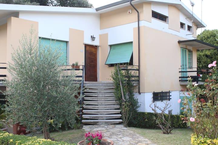 La casa di Carlotta - Lucca - Dům