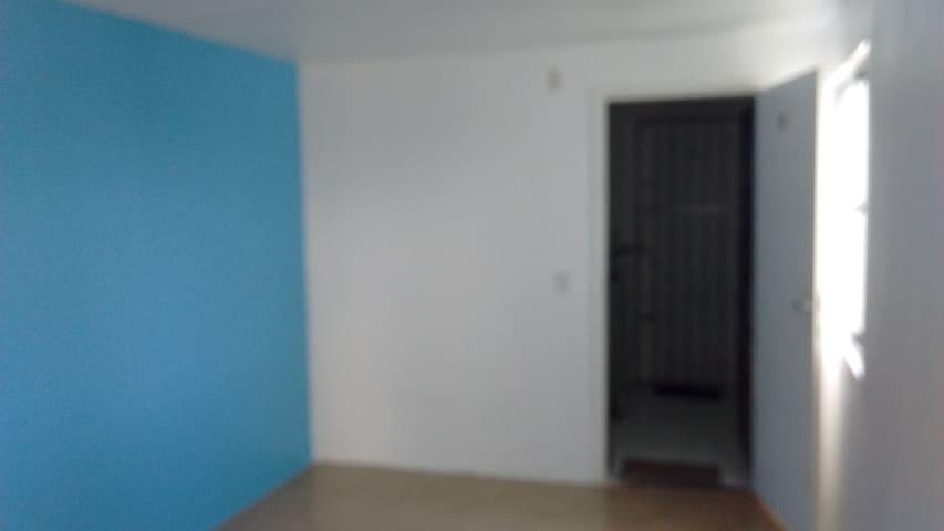 Apartamento Padrão (PHONE NUMBER HIDDEN) - Salvador - Pis