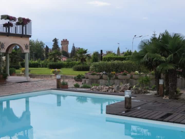 Luxury & Romantic Apartment in Lazise