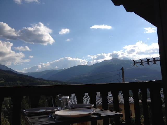 Magnifique Vue sur Vallée Plein Sud - Barcelonnette - บ้าน