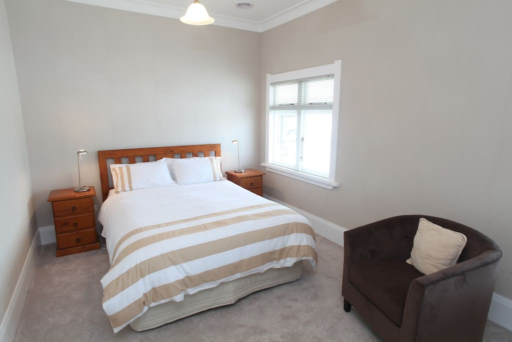 Derby Room, queen bed. bathroom for own exclusive use, situated adjacent. Freeview TV tea/coffee, hairdryer, robes, reading lamps.